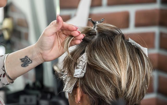 Jak dbać o pięknę włosy